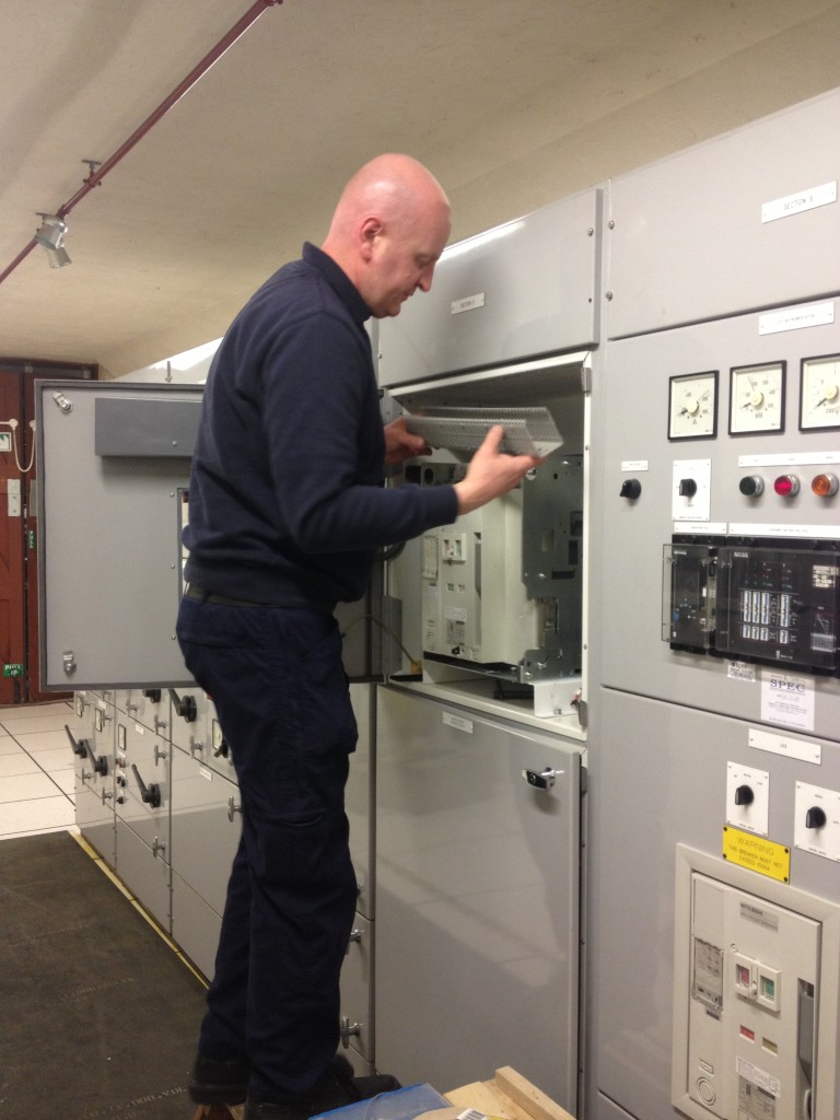 Mitsubishi AE-SW fabrication air circuit breaker upgrade
